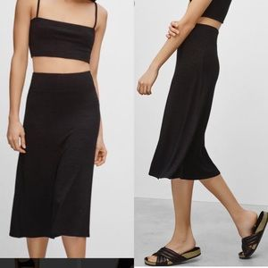 Aritzia Wilfred elastic waist midi jersey skirt